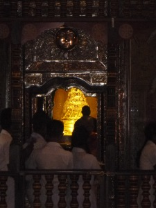 Gold casket of the tooth relic